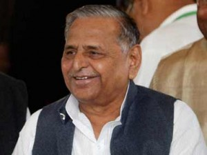 Court orders filing of FIR against Mulayam