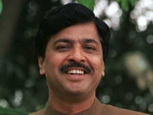 Ex-telecom minister Pramod Mahajan not a conspirator: 2G court