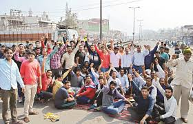 39 held for 'jail bharo' agitation by Patels get bail